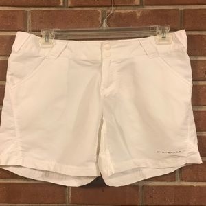 Columbia PFG white shorts